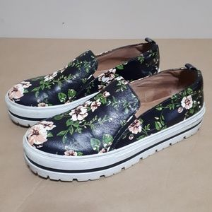Halogen Black Floral Platform Slip-on Sneakers